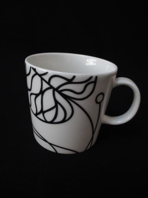 【980263-020】イッタラ×マリメッコ ボットナ マグカップ ホワイト 60サイズ発送同梱不可