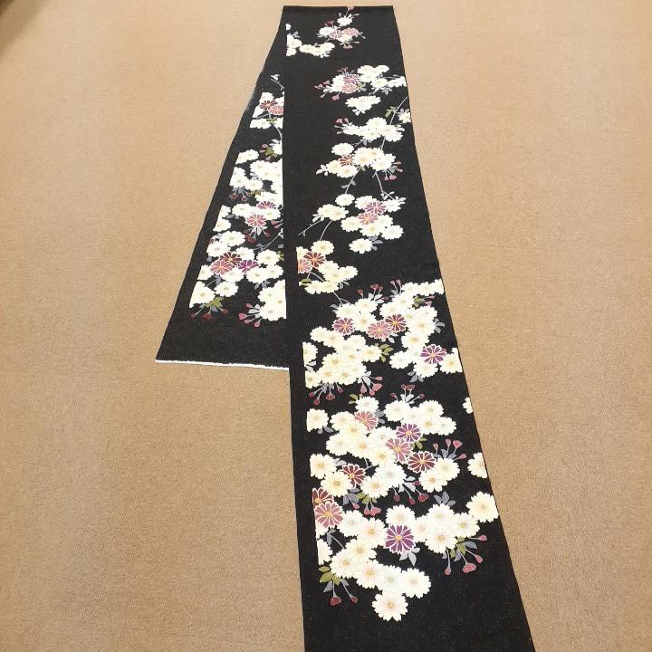 正絹 41206 振袖生地 黒色 花柄 シルク 3m はぎれ ハギレ リメイク ハンドメイド