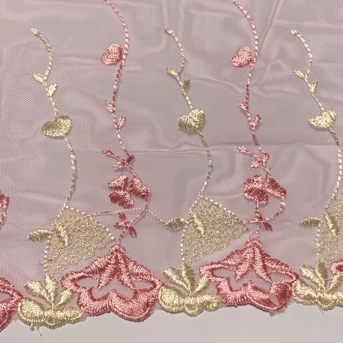 刺繍レース  チュールレース  ピンク