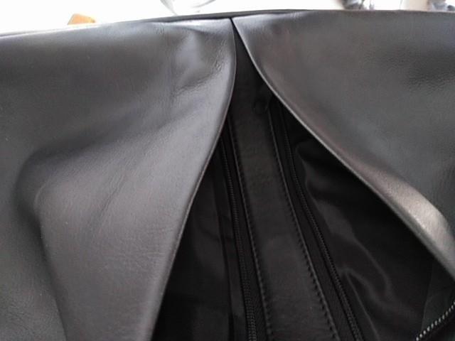 ブリーフケース  ビジネスバッグ 3ウェイ 3way ショルダー リュック ポケット多い 本革製 防水