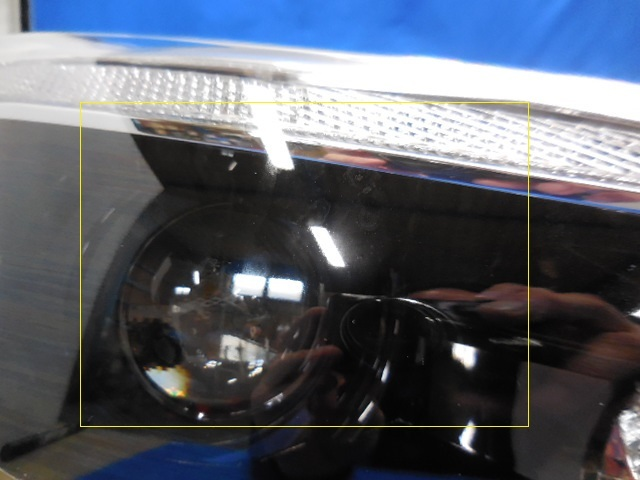 即決 インプレッサスポーツ G4 GT2 GT3 GT6 GT7 GK2 GK3 GK6 GK7 前期 右ライト LED 5D 84002FL000 1923 812253_画像2