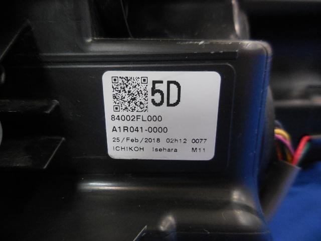 即決 インプレッサスポーツ G4 GT2 GT3 GT6 GT7 GK2 GK3 GK6 GK7 前期 右ライト LED 5D 84002FL000 1923 812253_画像5