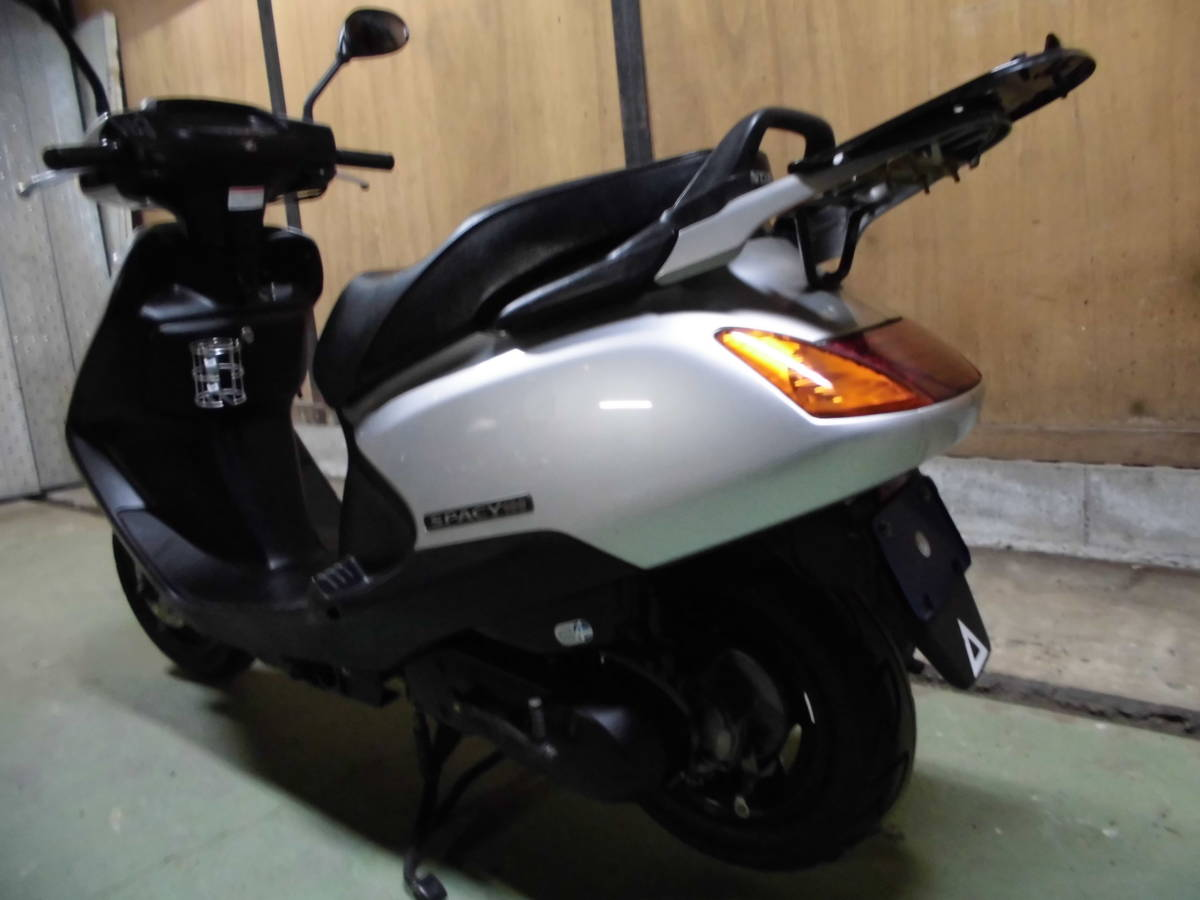 「ホンダ スペイシー100 JF13型モデル。走行6千K 千葉市~格安発送あり。」の画像3