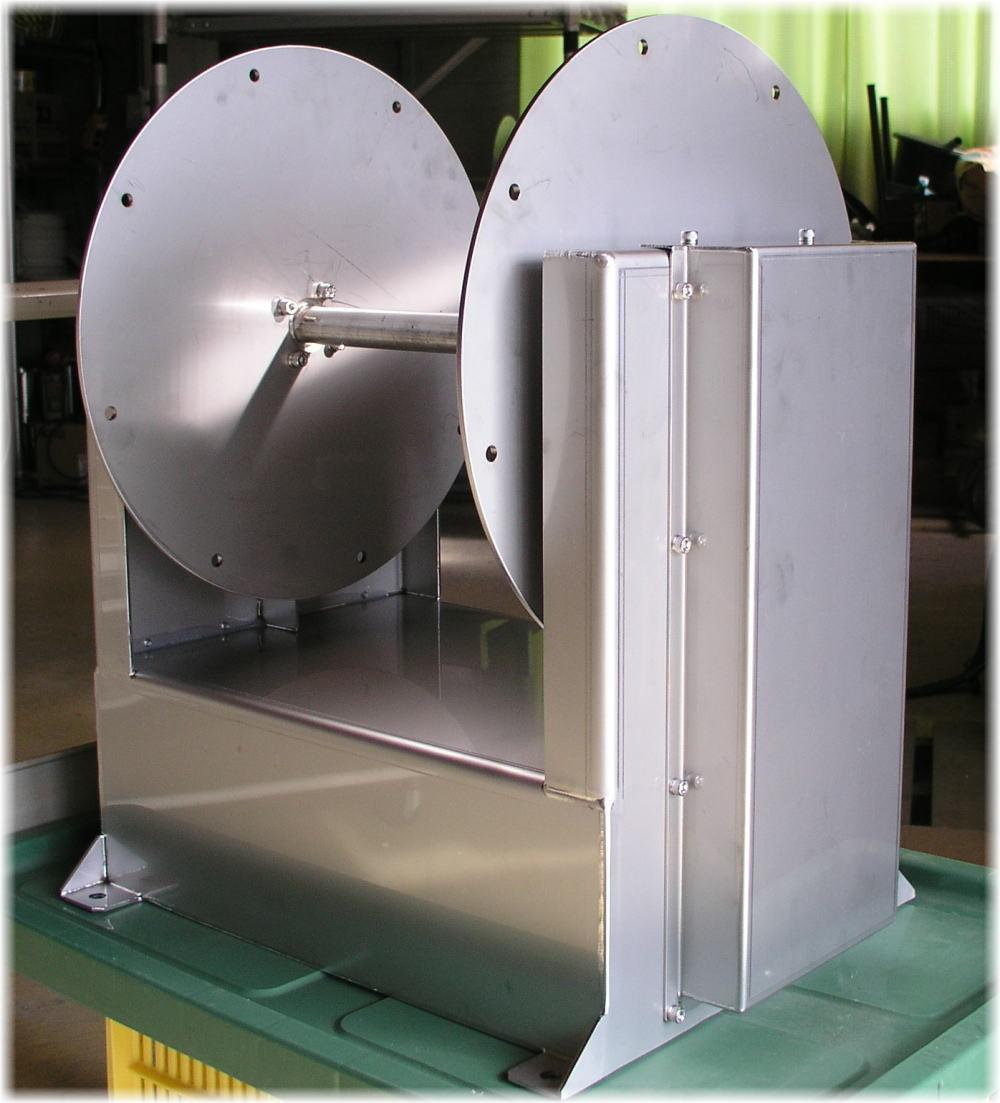 「オートイカリ たて型AI-E 24V/500W/30A アンカーウインチ アンカーリール オートアンカー」の画像1
