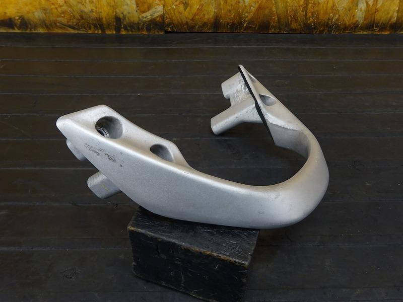 【210416】ホーネット250(MC31-1301)■ グラブバー アシストグリップ タンデムグリップ ボルト 【後期 燃料メーター付_画像3