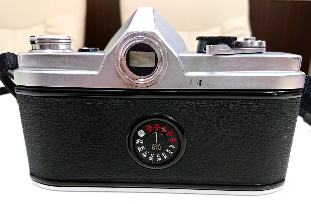 ☆minolta ミノルタ《千代田光学》SR-1 フィルムカメラ 1:2 F=55㎜ AUTO ROKKOR-PF《作動未確認ジャンク扱い》昭和レトロ 中古☆_画像5