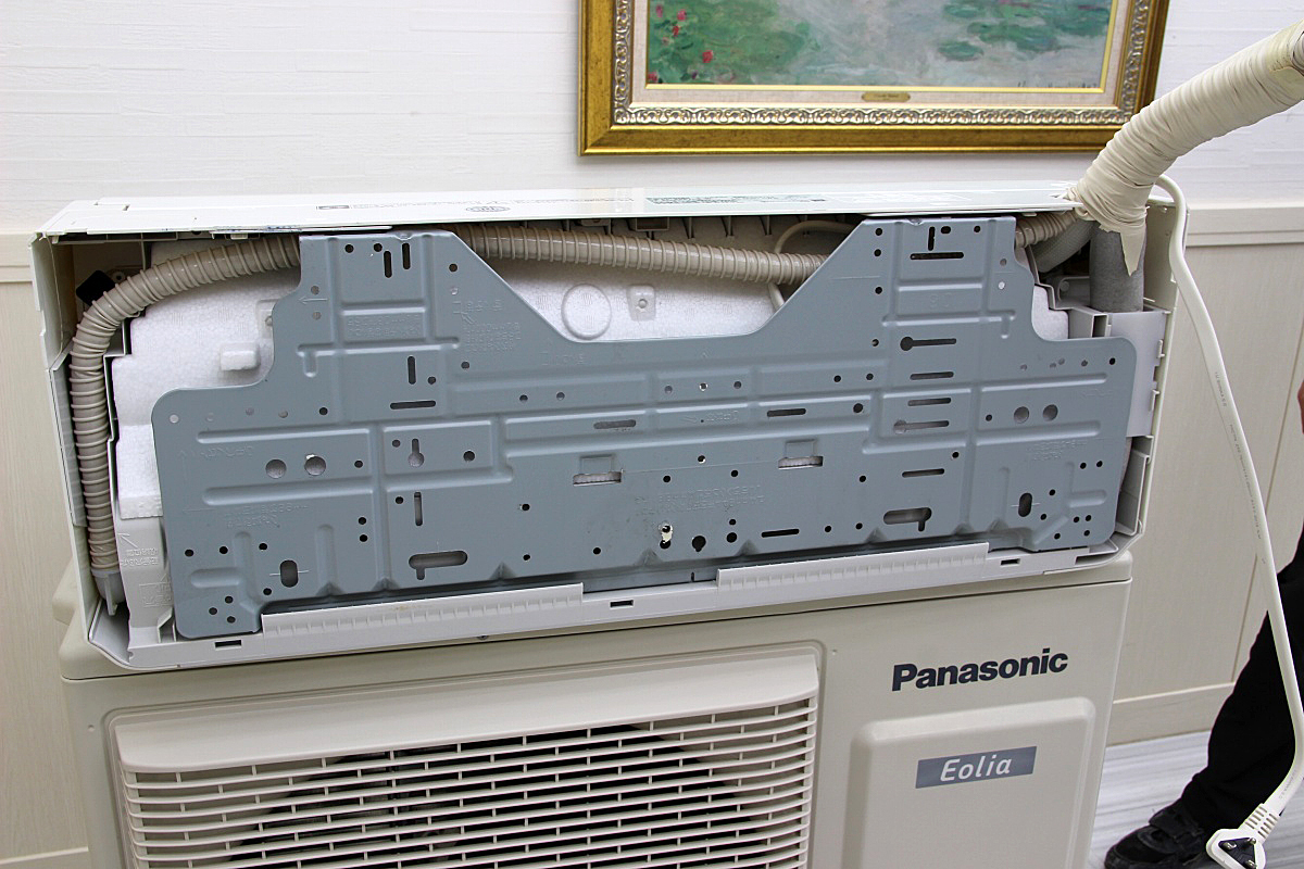 17年製 超美品!パナソニックPanasonic 最上位機種 Eoliaエオリア ルームエアコン 単相200V 5.6kw ハイパワー 大型 20畳 CS-X567C2_画像3
