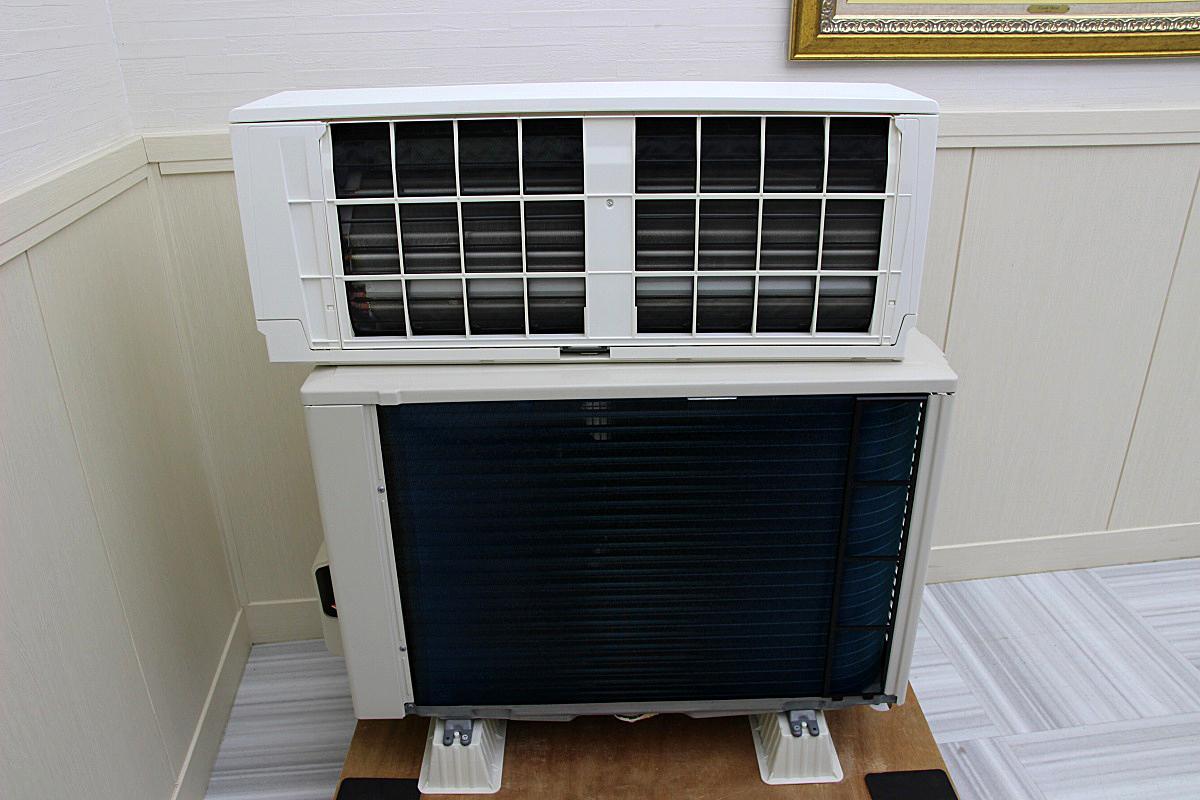 三菱電機 18年製 超美品!ルームエアコン 単相200V 5.6kw 20畳 家庭用 上位機種 霧ヶ峰 ハイパワー 大型 MSZ-EX5618E6S_画像2