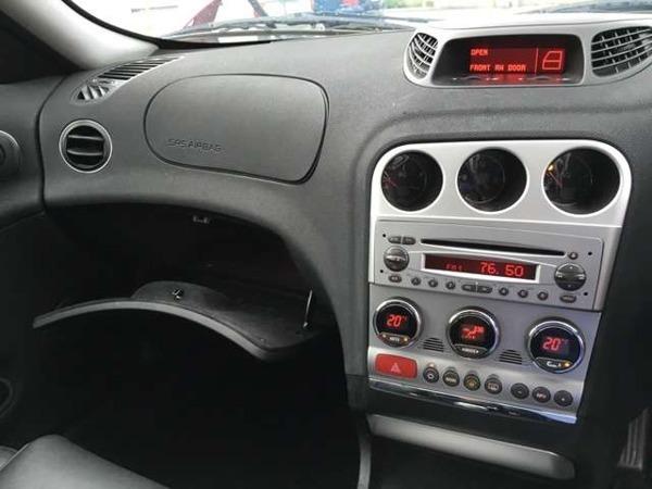 「アルファ156スポーツワゴン JTS セレスピード 5速MTモード付 クロ革」の画像3
