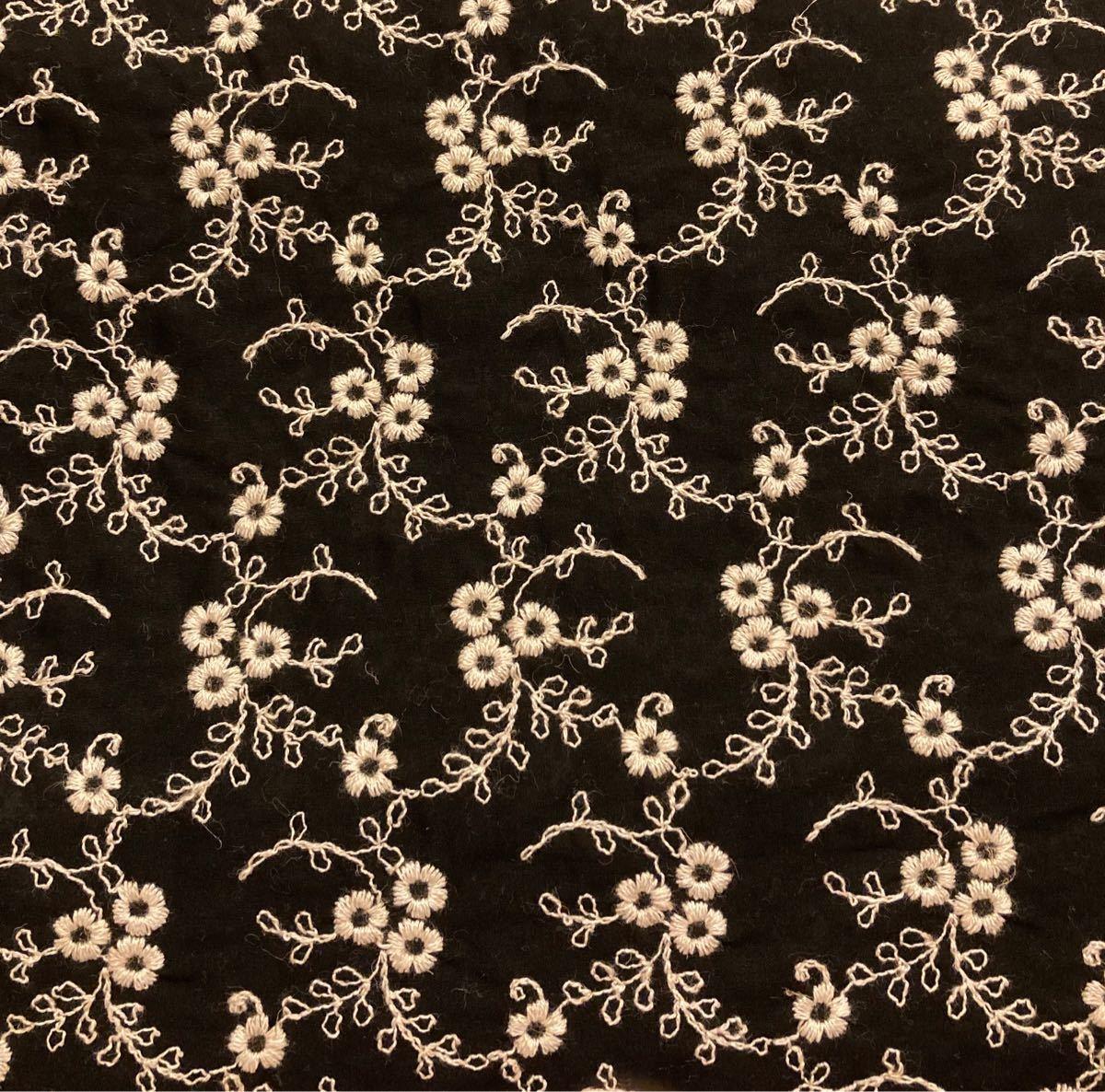 コットンレースフラワー刺繍生地 小花 黒 96cm×30cm