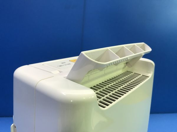 【 アイリスオーヤマ 】衣類乾燥除湿機 除湿機 衣類乾燥機 2018年製【 DDB-20 】空調 100_画像7
