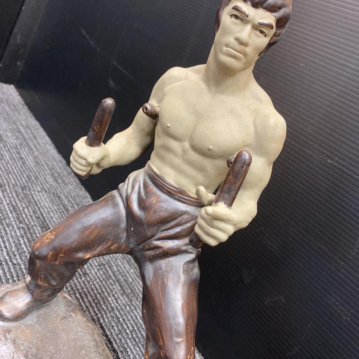 【美品】ブルース・リー 陶器 フィギュア 映画 李小龍 燃えよドラゴン 人形 デッドストック_画像3