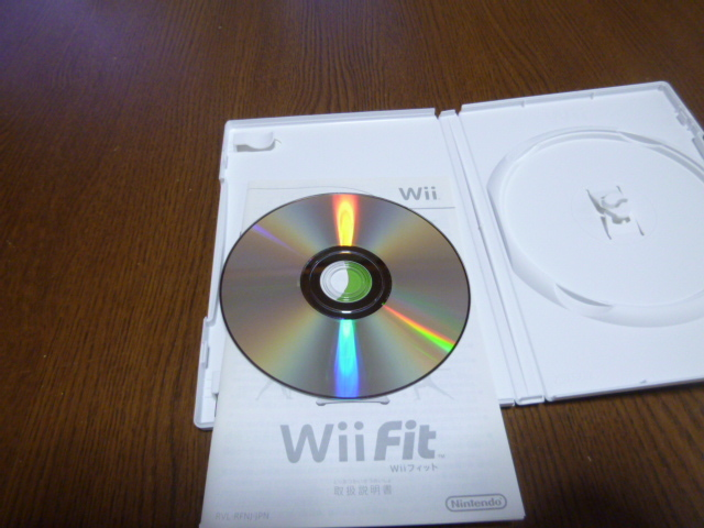 A023【即日配送 送料無料 動作確認 クリーニング済】Wiiソフト Wiiフィット