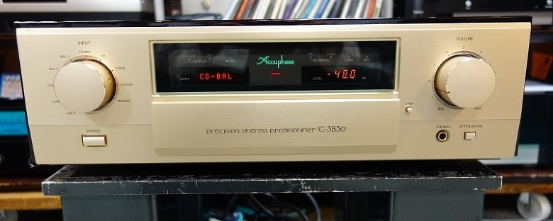 Accuphase C-3850 アキュフェーズ コントロールアンプ 状態良好