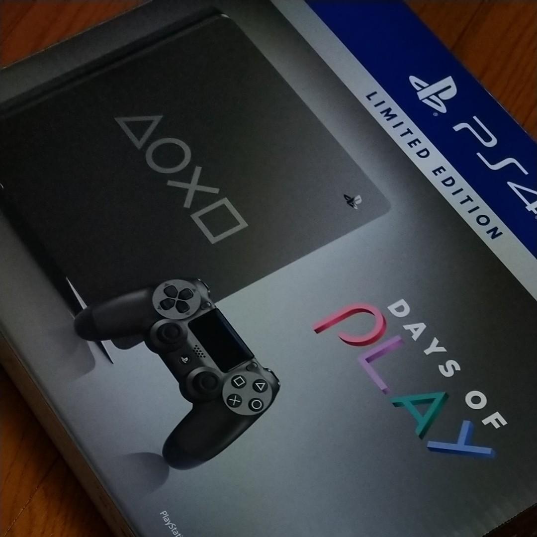 プレイステーション4  PS4本体 Days of Play Limited Edition CUH-2200B BZR