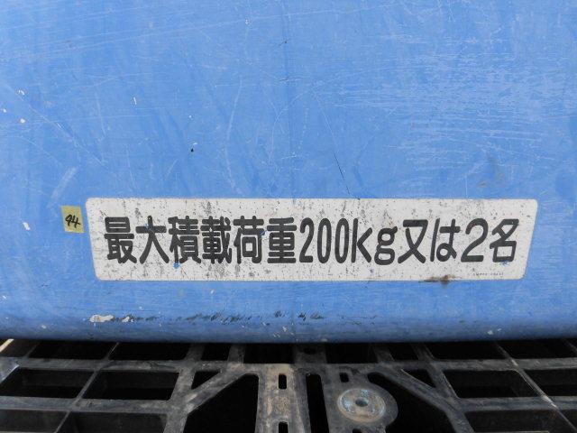 ★94 高所作業車用 FRP バケット 若干割れ有り ジャンク 売切 福山通運様 発送可能★_画像10