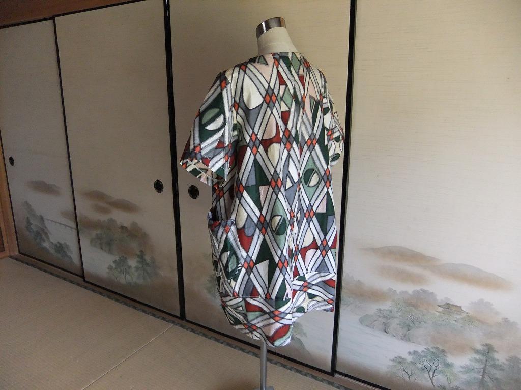 着物リメイク ★ 銘仙のゆったりブラウス ★ 古布手作り_画像3