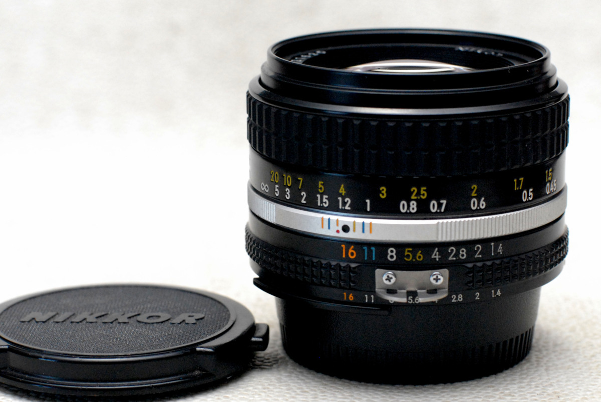 Nikon ニコン 純正 NIKKOR MF 50mm 高級単焦点レンズ 1:1.4 (Ai) 良好品