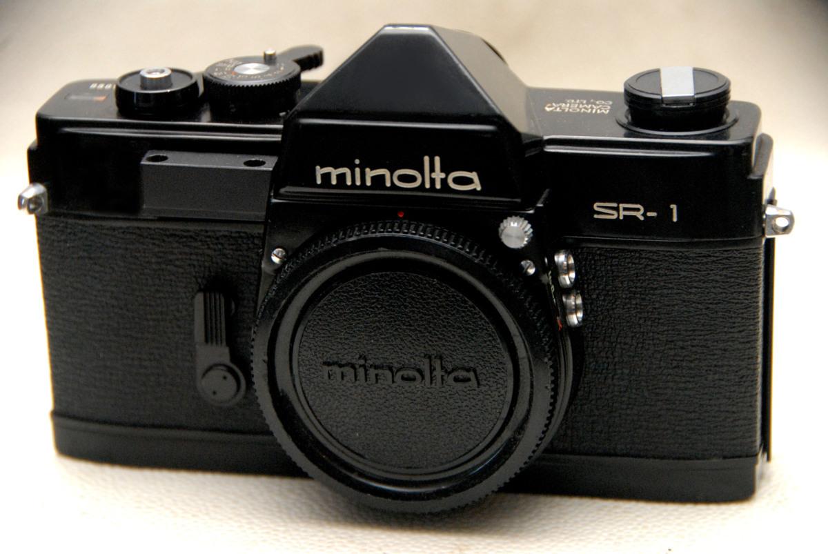 MINOLTA ミノルタ 昔の高級一眼レフカメラ SR-1黒ボディ 超レア・作動品 (腐食無し)