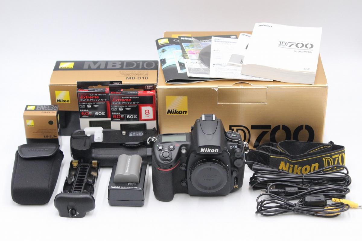 【ト打】 ☆美品☆ Nikon ニコン D700 デジタル一眼レフカメラ / MB-D10 EN-EL3e バッテリーパック / 8Gフラッシュカード など AA881BOF99