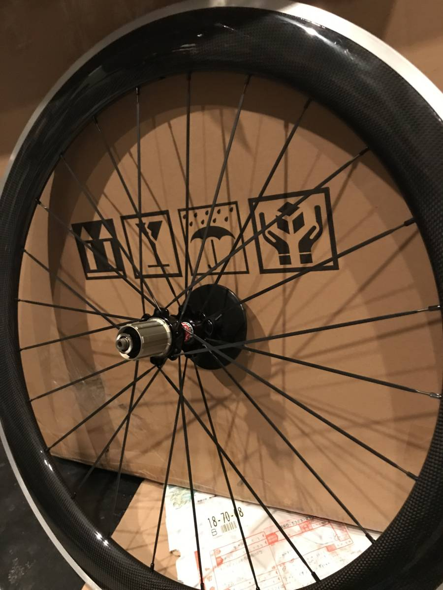 アルミブレーキ カーボンホイールセット 700C リム高60mm ロード/ピスト用 前後セット クリンチャー 自転車ホイール_画像4