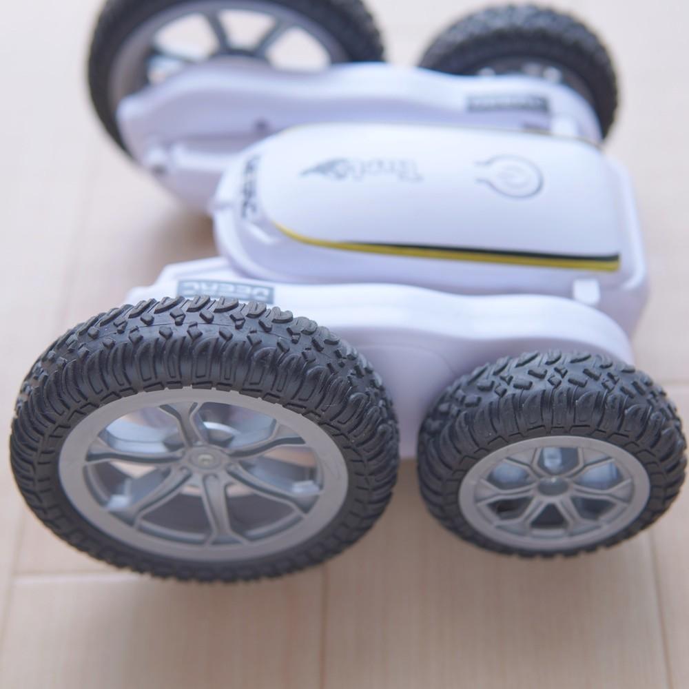 DEERC DE38 ラジコンカー RCカー スタントカー  360度回転 両面走行 車おもちゃ オフロード リモコンカー