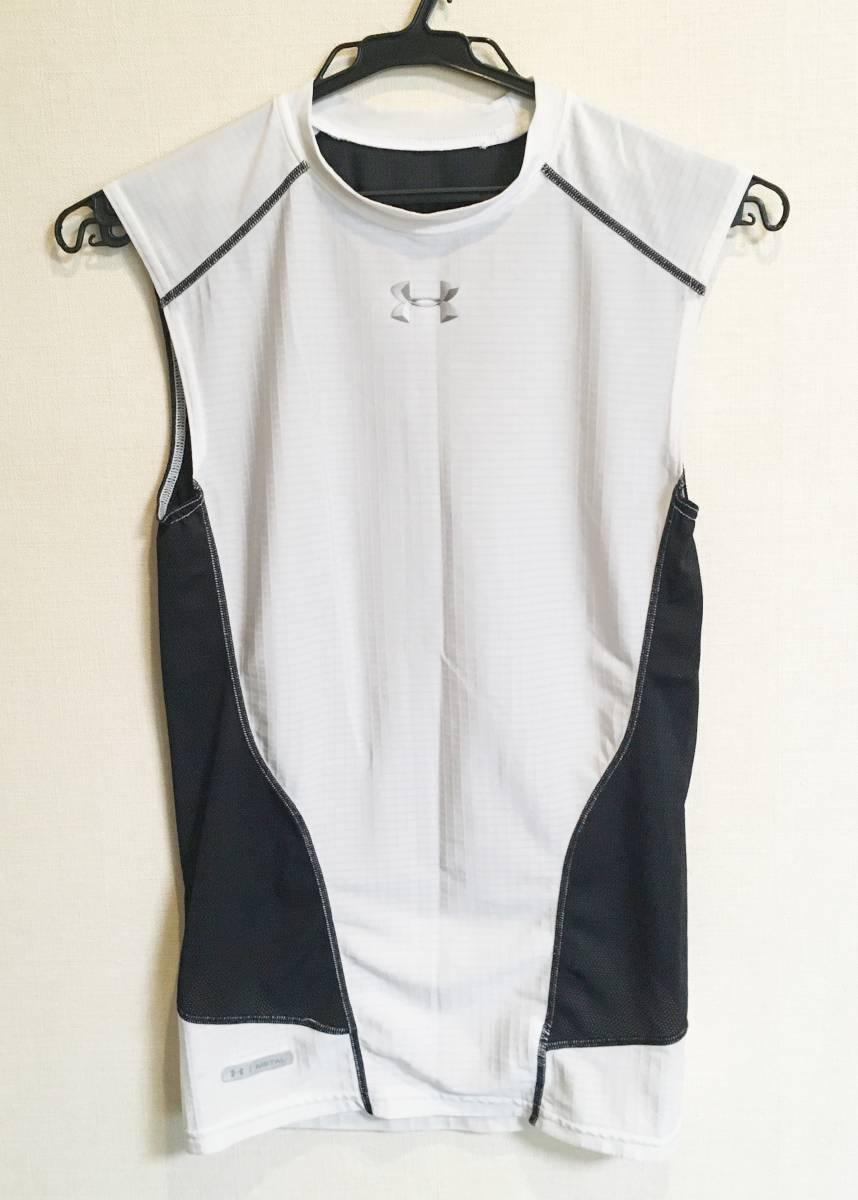 【送料無料】アンダーアーマー UNDER ARMOUR METAL アンダーシャツ ノースリーブ タンクトップ 白×黒