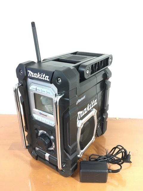 【電動工具】【値下げしました】マキタ Bluetooth搭載 充電式ラジオ MR108B バッテリ・充電器別売 [カラー:黒] 美品 動作確認済_画像2