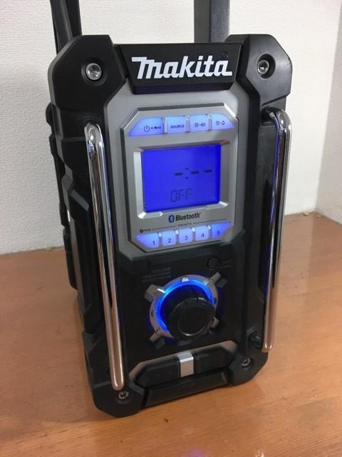 【電動工具】【値下げしました】マキタ Bluetooth搭載 充電式ラジオ MR108B バッテリ・充電器別売 [カラー:黒] 美品 動作確認済_画像5