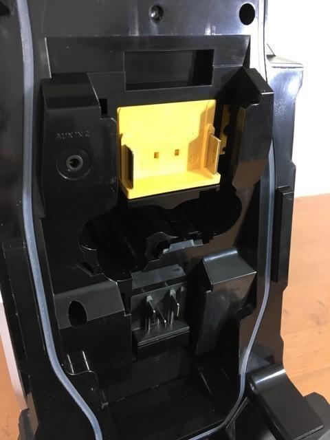 【電動工具】【値下げしました】マキタ Bluetooth搭載 充電式ラジオ MR108B バッテリ・充電器別売 [カラー:黒] 美品 動作確認済_画像3