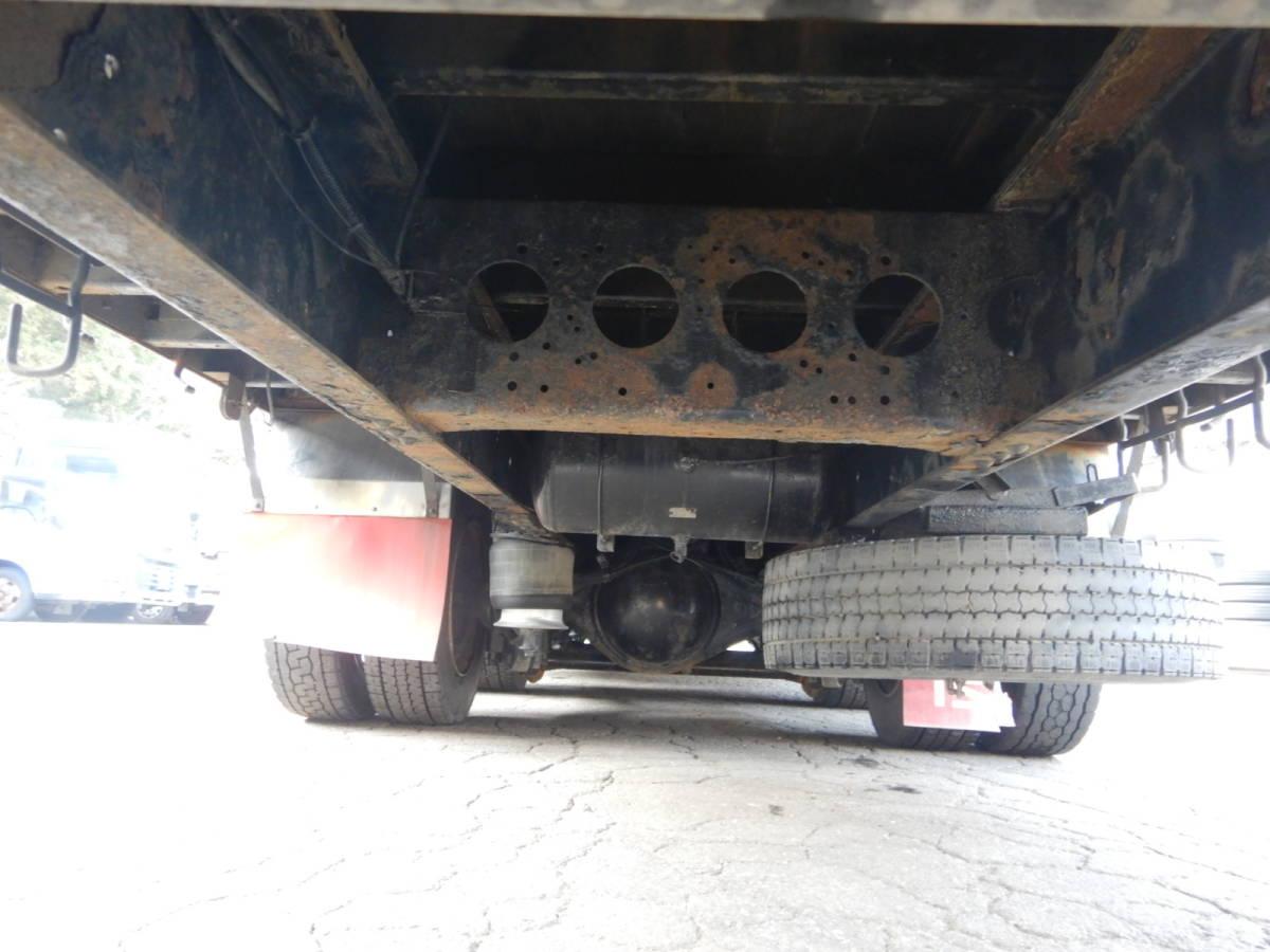 【CH16329】即戦力 車検R3年9月まで H17年 いすゞ ギガ 3軸 セルフ ロングジャッキ 重機運搬車 低走行 ウィンチ 積載10800kg 内寸843×242_画像9