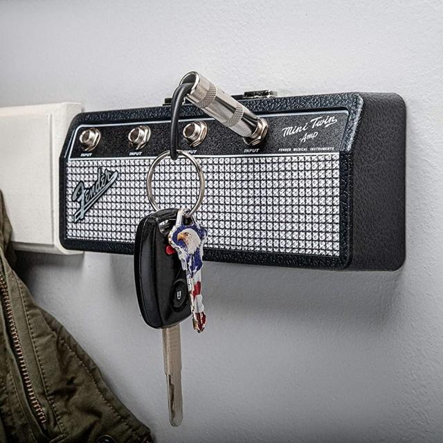 フェンダーキーハンガー Fender Mini Twin Amp Jack Rack フェンダーFenderアンプヘッド型キーハンガー キーチェーン4本付き差すだけで簡単