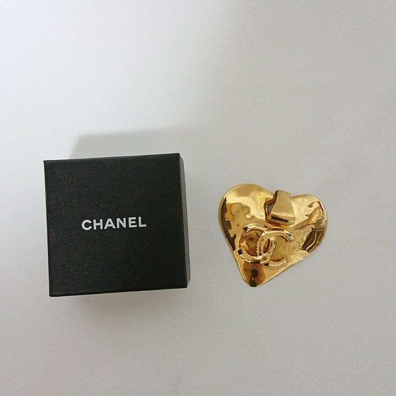 CHANEL シャネル 大型 ココマーク ハート 抜群の存在感 ゴールド アンティーク ペンダン