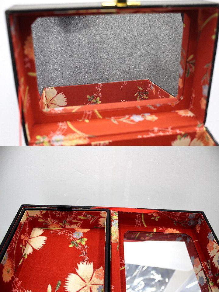 ●メイクボックス コスメボックス 化粧箱 鏡 ミラー バニティ 道具箱 小物入れ 昭和 レトロ 花柄 レザー調 ブラック 黒 持ち運び 中古品●_画像4