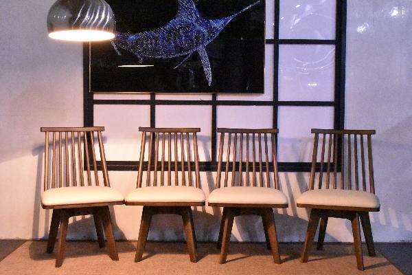 ST11-18S04-KC=【即決 新品】和モダン回転式ダイニングチェア4脚セット ブラウン【食卓椅子PVCレザー木製おしゃれアウトレット家具】_画像4