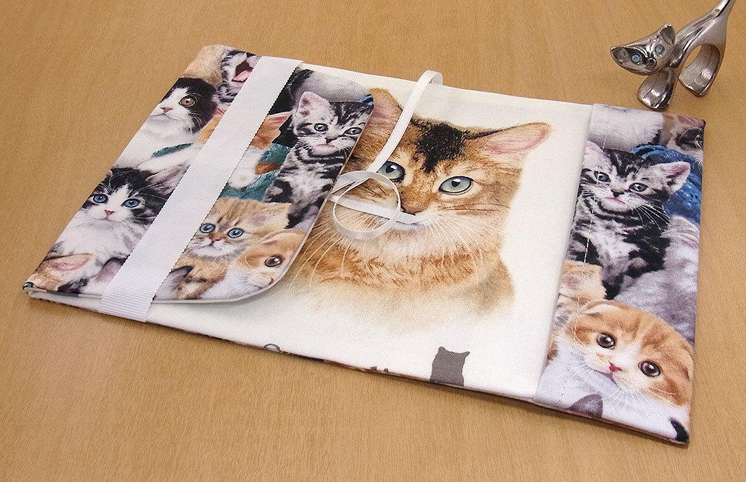 24 B ハンドメイド 手づくり 文庫本② ブックカバー 子猫いっぱい ソマリ 猫 ねこ ネコ キャット cat プレゼント 贈り物_裏地には、ソマリが。
