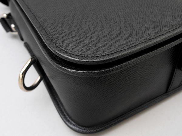 ■【ほぼ未使用】ルイヴィトン Louis Vuitton タイガ アンドレイ 斜め掛け ショルダーバッグ メンズ ブラック 極美品 定価約20万_画像5