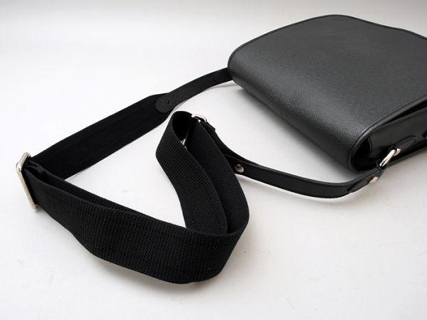 ■【ほぼ未使用】ルイヴィトン Louis Vuitton タイガ アンドレイ 斜め掛け ショルダーバッグ メンズ ブラック 極美品 定価約20万_画像3