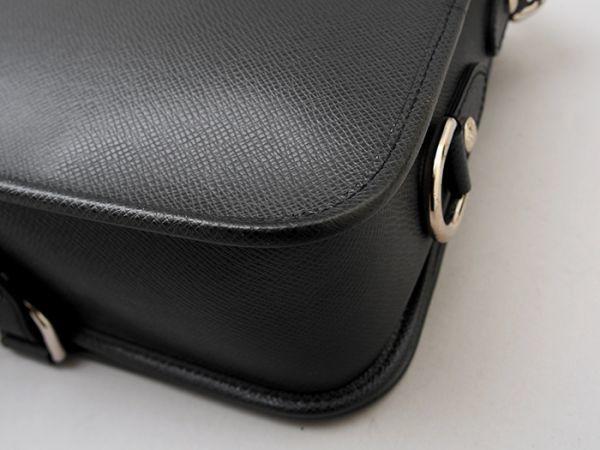 ■【ほぼ未使用】ルイヴィトン Louis Vuitton タイガ アンドレイ 斜め掛け ショルダーバッグ メンズ ブラック 極美品 定価約20万_画像6
