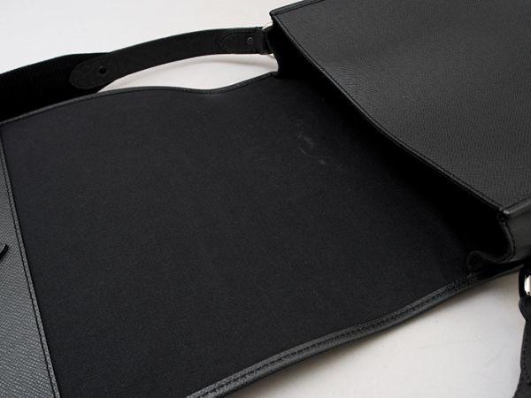 ■【ほぼ未使用】ルイヴィトン Louis Vuitton タイガ アンドレイ 斜め掛け ショルダーバッグ メンズ ブラック 極美品 定価約20万_画像8