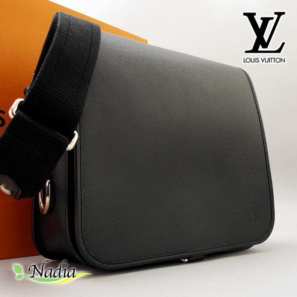 ■【ほぼ未使用】ルイヴィトン Louis Vuitton タイガ アンドレイ 斜め掛け ショルダーバッグ メンズ ブラック 極美品 定価約20万_画像1