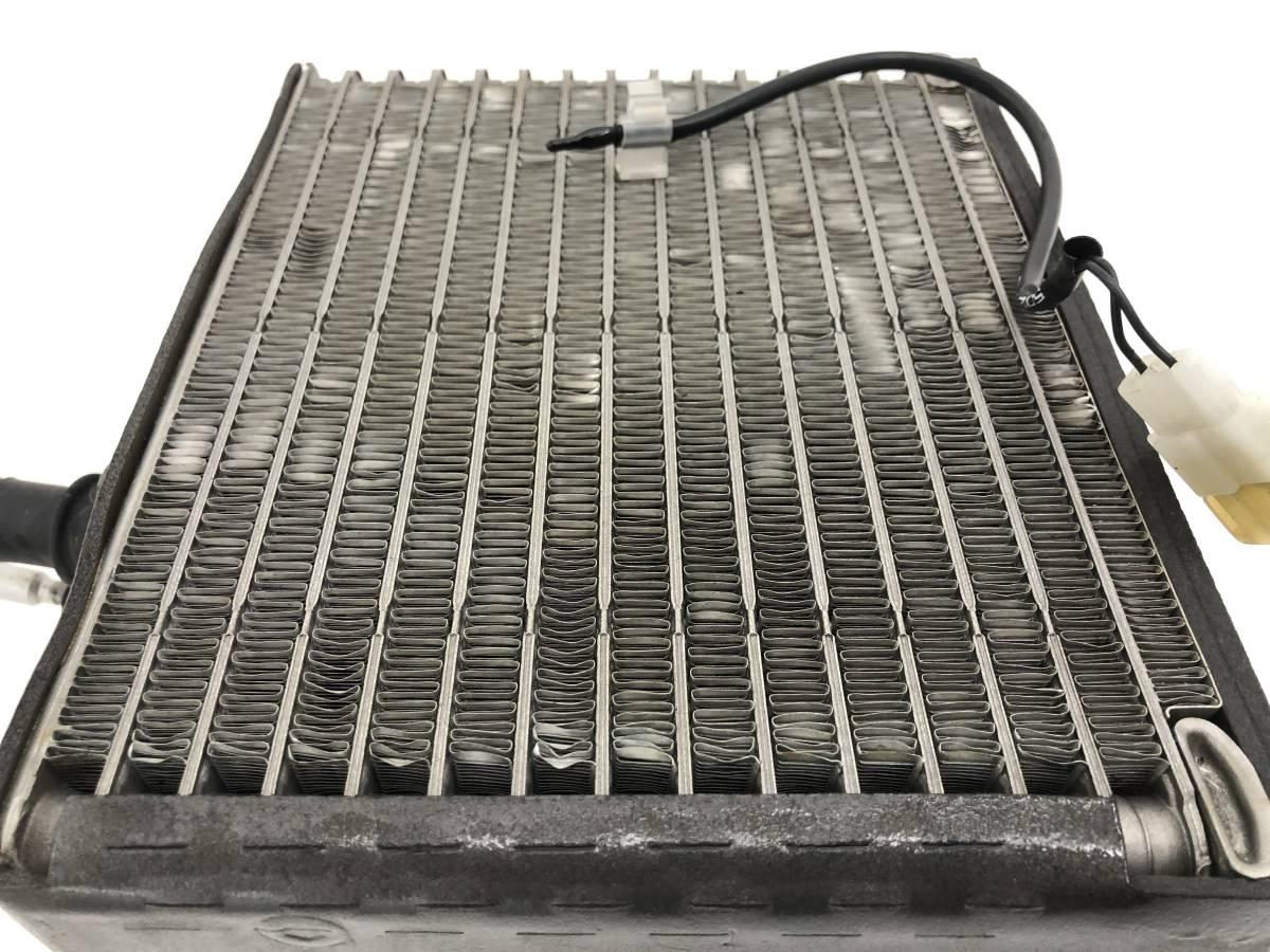 _b56627 ダイハツ MAX RS マックス LA-L952S エバポレーター エアコン クーラー L950S L960S L962S_画像2