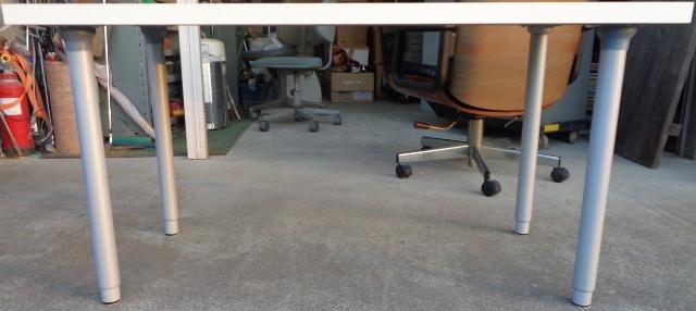 IKEA イケア VIKA AMON テーブルトップ 高さ調節脚4本セット☆ ダイニングテーブル 作業テーブル 机 デスク 作業台としても☆_画像2
