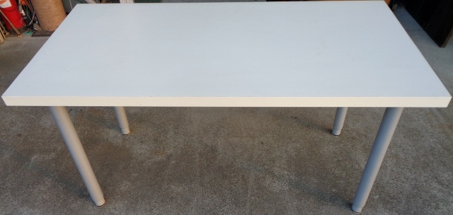 IKEA イケア VIKA AMON テーブルトップ 高さ調節脚4本セット☆ ダイニングテーブル 作業テーブル 机 デスク 作業台としても☆_画像1