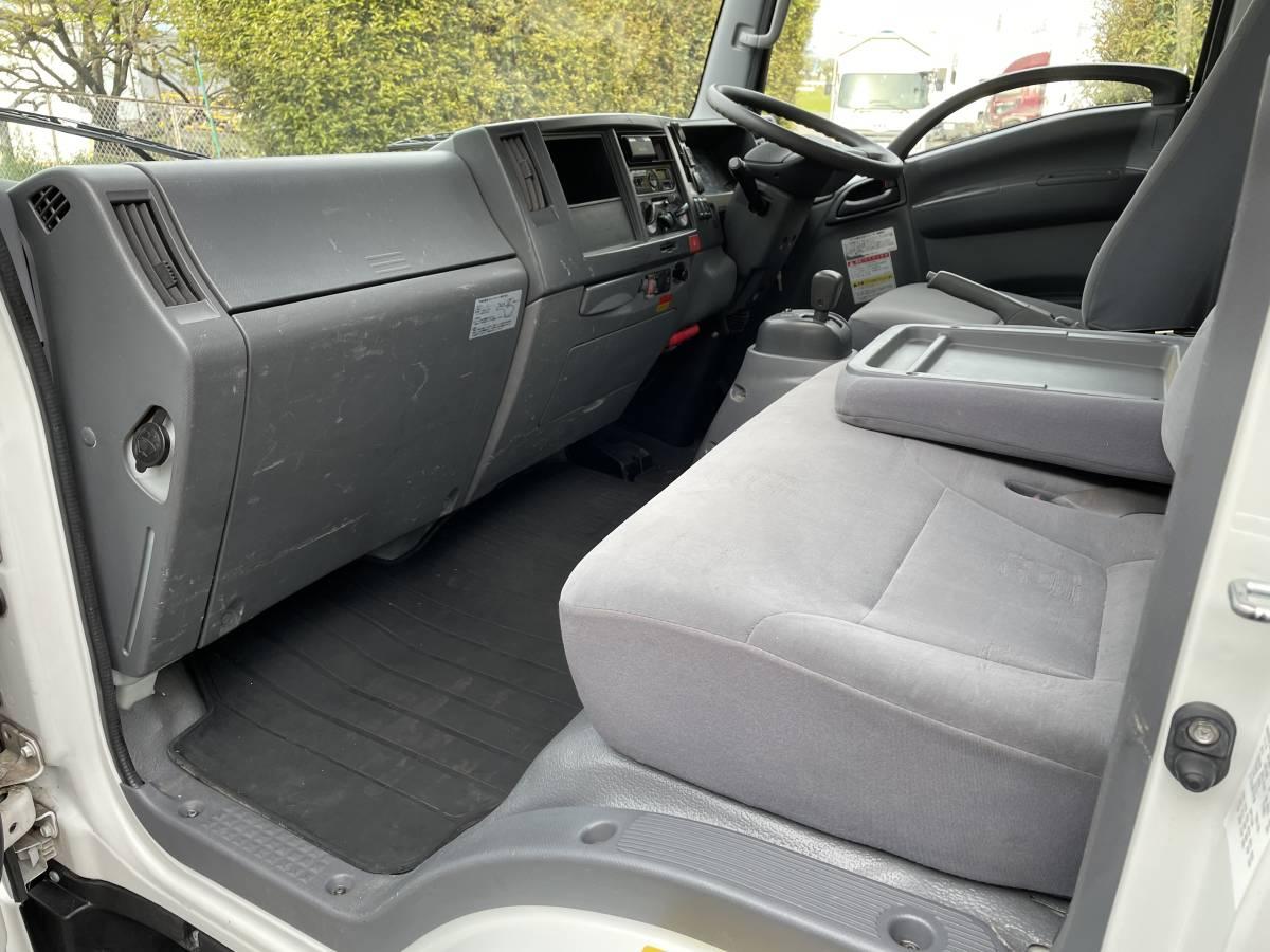 H28 いすゞエルフ 2トントラック 平ボディ 4段クレーン車 4WD 最大積載2000㎏_画像9