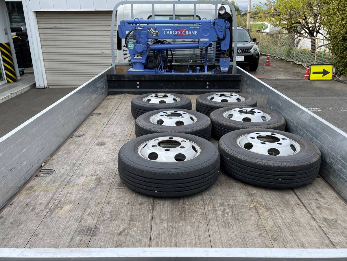 H28 いすゞエルフ 2トントラック 平ボディ 4段クレーン車 4WD 最大積載2000㎏_画像5