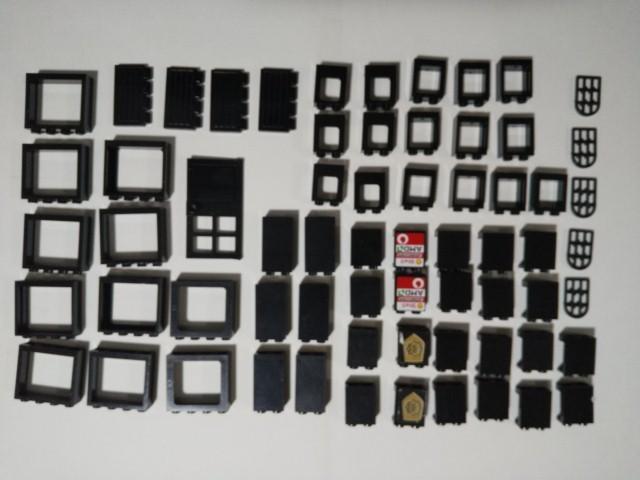 A57 黒 ブラック 窓枠系 ドア系パーツ 大量 約65個 レゴパーツ LEGO_画像1