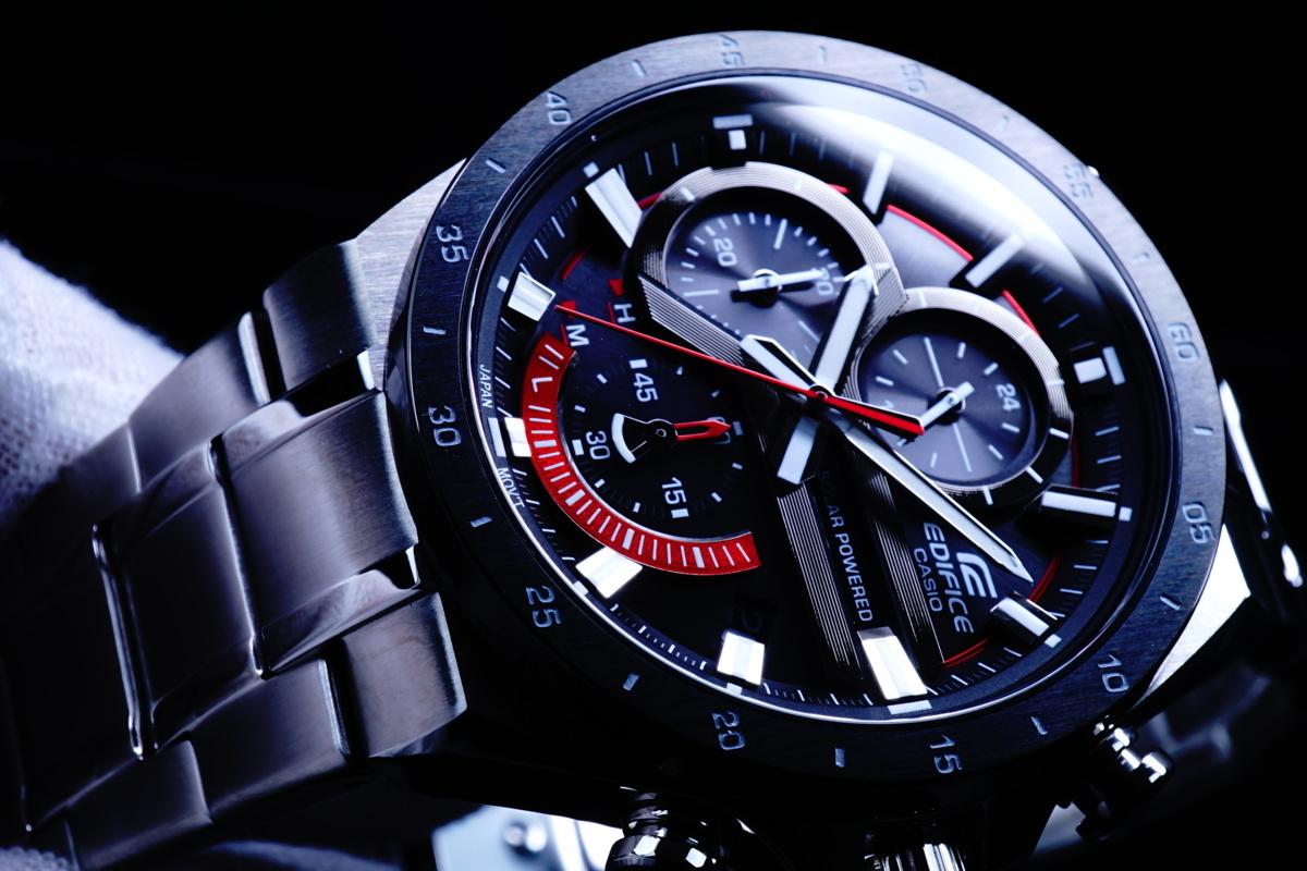 1円×3本 電池交換不要 新品美しすぎるレッド SOLAR CASIO カシオ エディフィス 腕時計 メンズ クロノグラフ 100m防水 シルバー 海外モデル