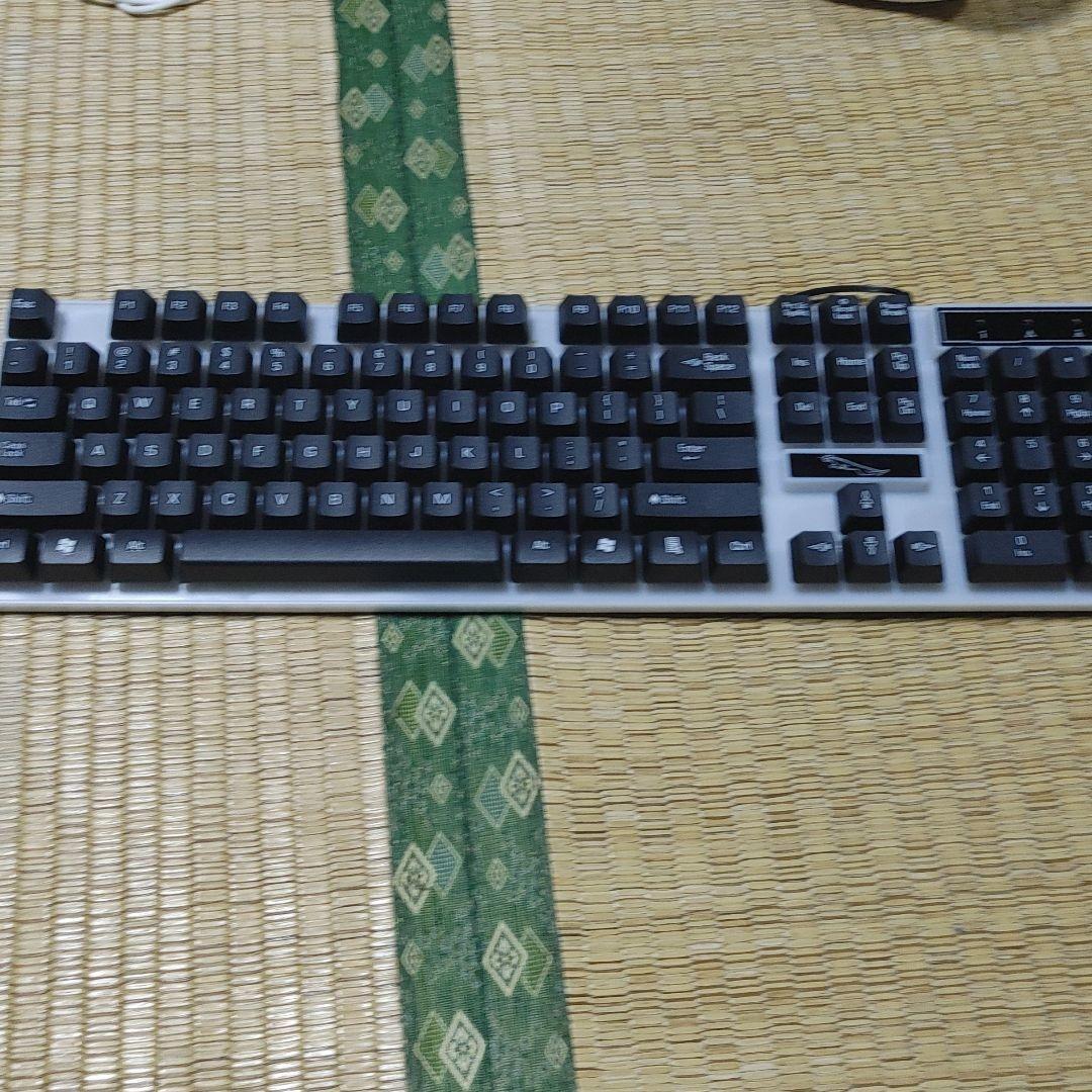 ワイヤレスキーボードpc.ps4ps5対応