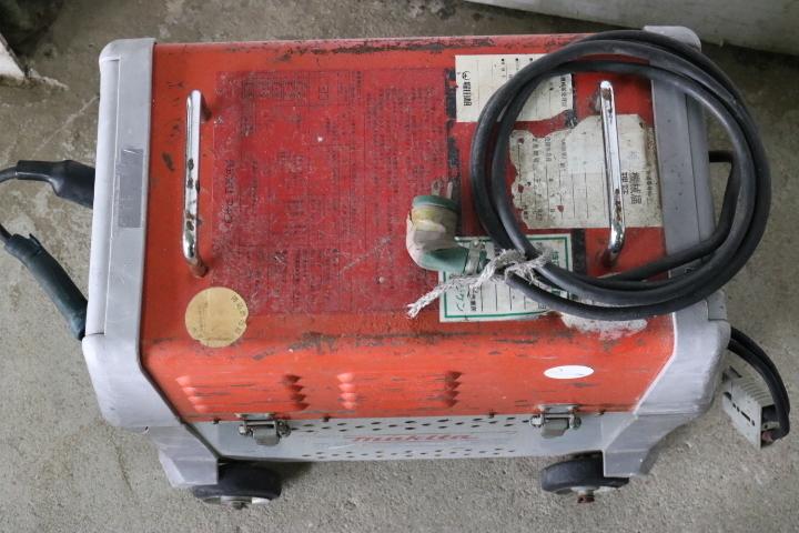TB526マキタmakita バッテリー溶接機 WB151MF◇バッテリーウェルダー/工具/DIY/接着/補修/ガレージ/実用不明/古道具タグボート_画像9